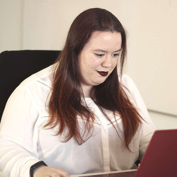 María Paniagua - Community Manager