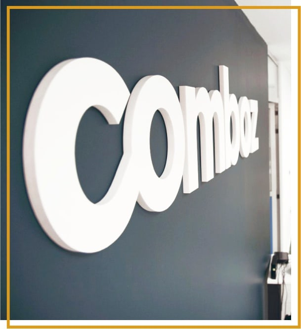 Comboz - Contacta con nosotros